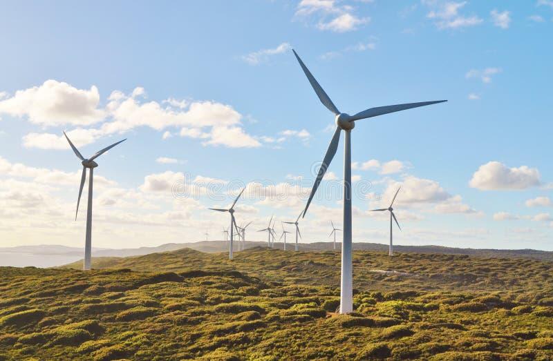 ветер турбин холма стоковое изображение rf