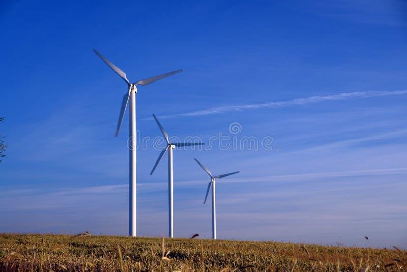 ветер 3 турбин рядка ландшафта сельский стоковые изображения