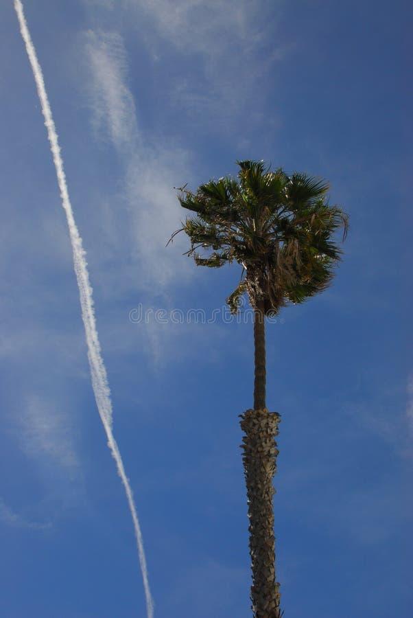 Ветреные небеса Калифорнии стоковое изображение