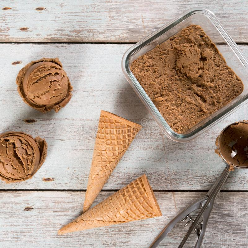 Ветроуловители мороженого какао взгляд сверху стоковое изображение rf