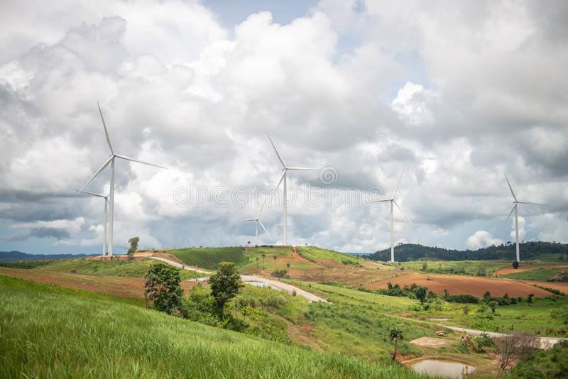 Ветрянки для продукции электричества стоковое фото