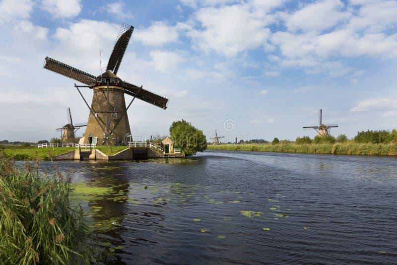 Ветрянки на реке, Kinderdijk, Netherland стоковое фото