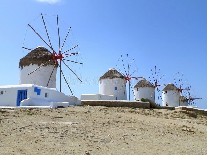 Ветрянки Chora, известный ориентир ориентир городка Mykonos, Греции стоковая фотография rf
