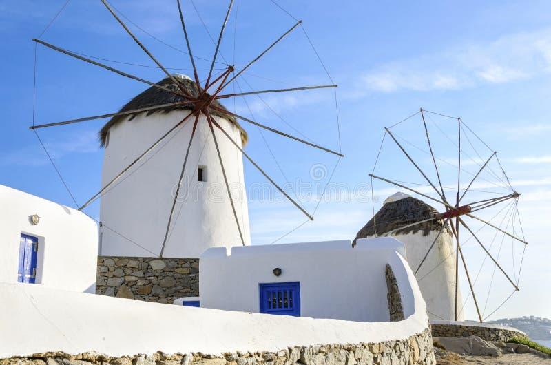 Ветрянки Mykonos, Chora, Греция стоковая фотография rf