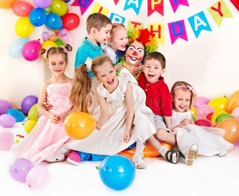 Вечеринка по случаю дня рождения ребенка. стоковое изображение rf