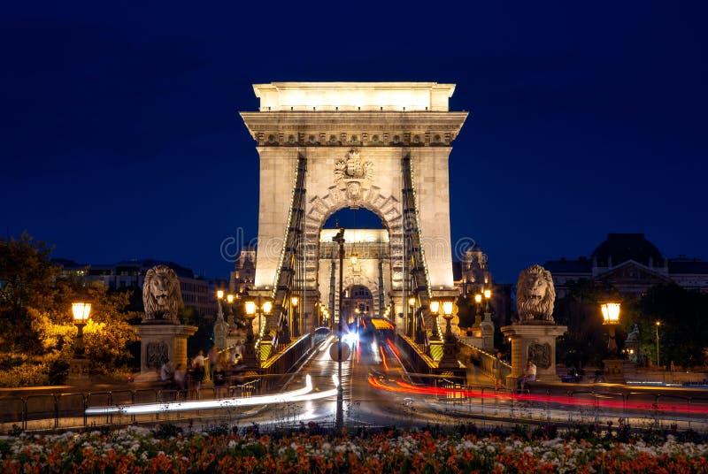 Вечерний мост в Будапеште Сеченьи стоковое изображение rf