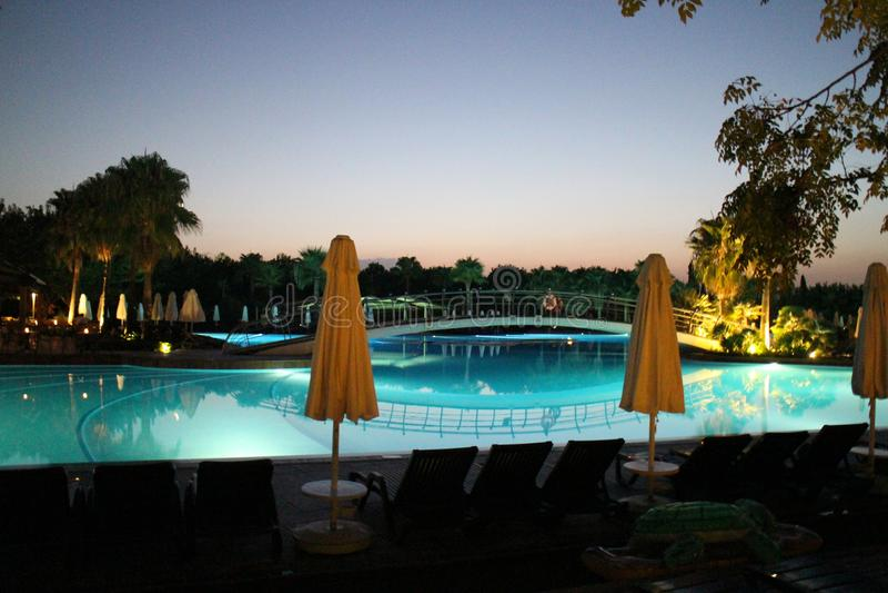 Вечер бассейном стоковая фотография rf