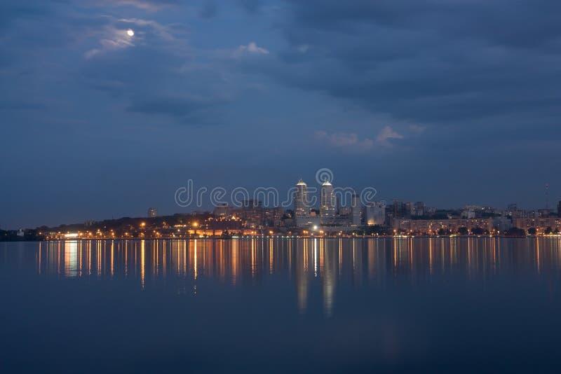 вечер города стоковое фото rf