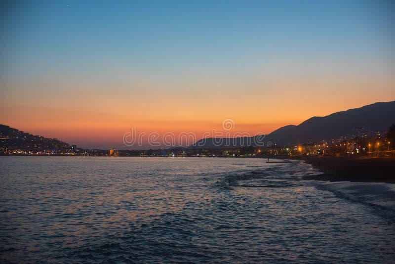 Вечер на побережье Alanya стоковое фото
