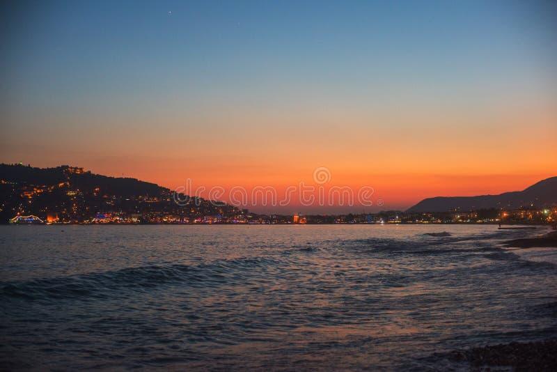 Вечер на побережье Alanya стоковая фотография
