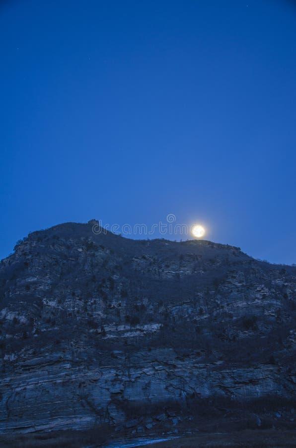Великая Китайская Стена на ноче, Пекине стоковая фотография rf