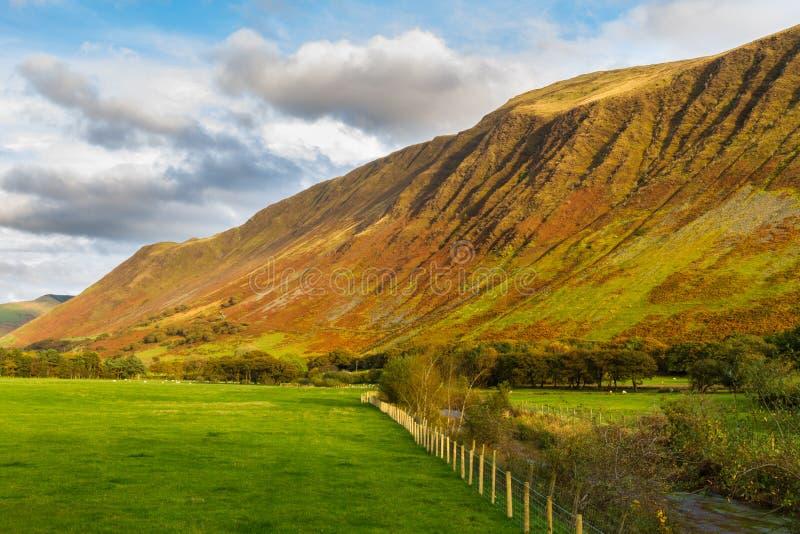 Великобританский взгляд долины на заходе солнца стоковые фотографии rf