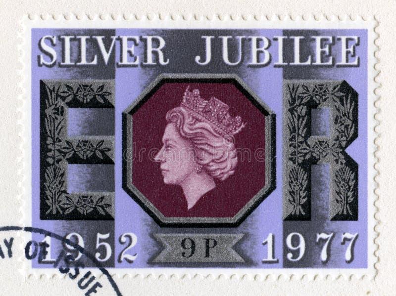 Великобританский штемпель почтового сбора празднуя двадцатипятилетний юбилей ` s ферзя стоковая фотография rf