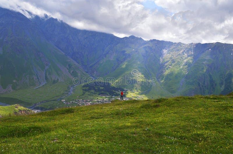 великолепие гор Кавказа стоковое фото
