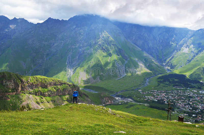 великолепие гор Кавказа стоковые фотографии rf