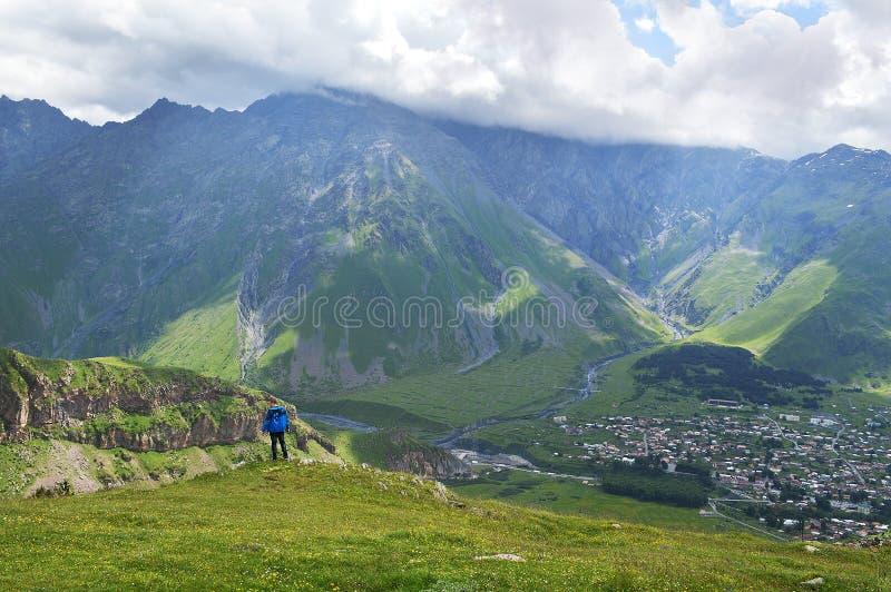 великолепие гор Кавказа стоковые изображения