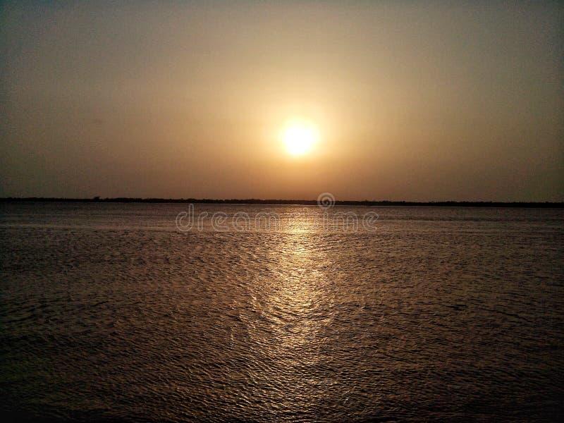 Великолепный заход солнца стоковое фото rf