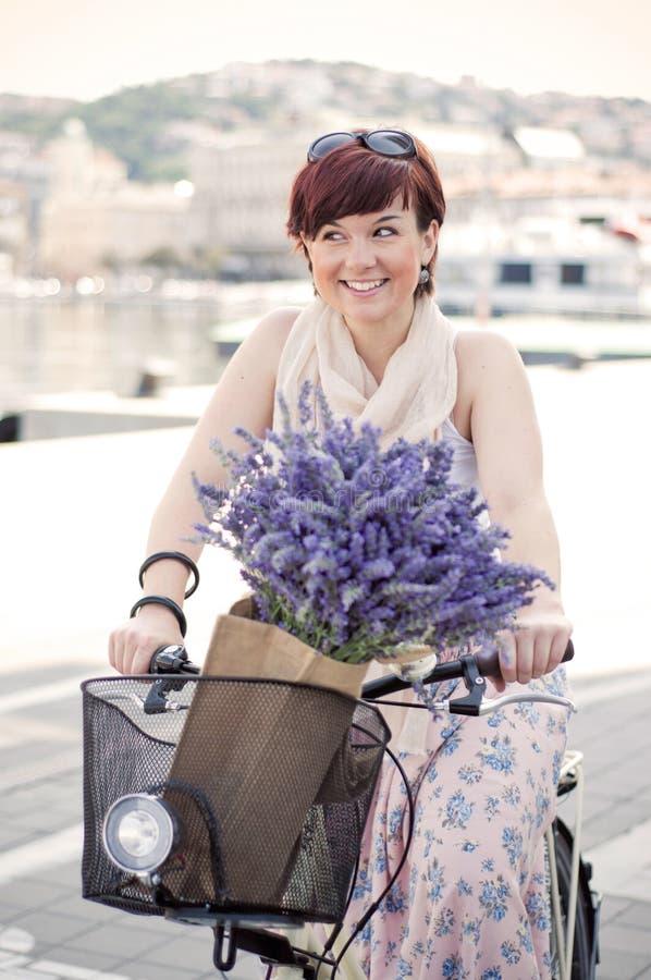 Велосипед летнего времени стоковые фотографии rf