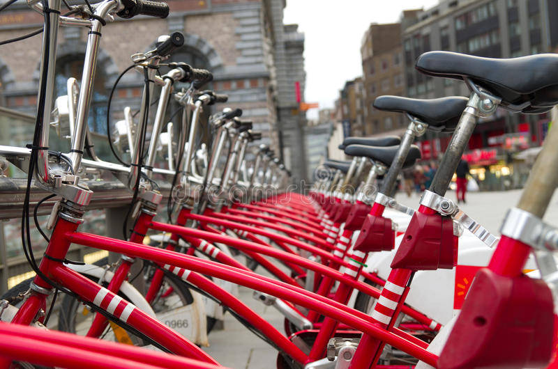 Велосипеды города стоковое изображение rf