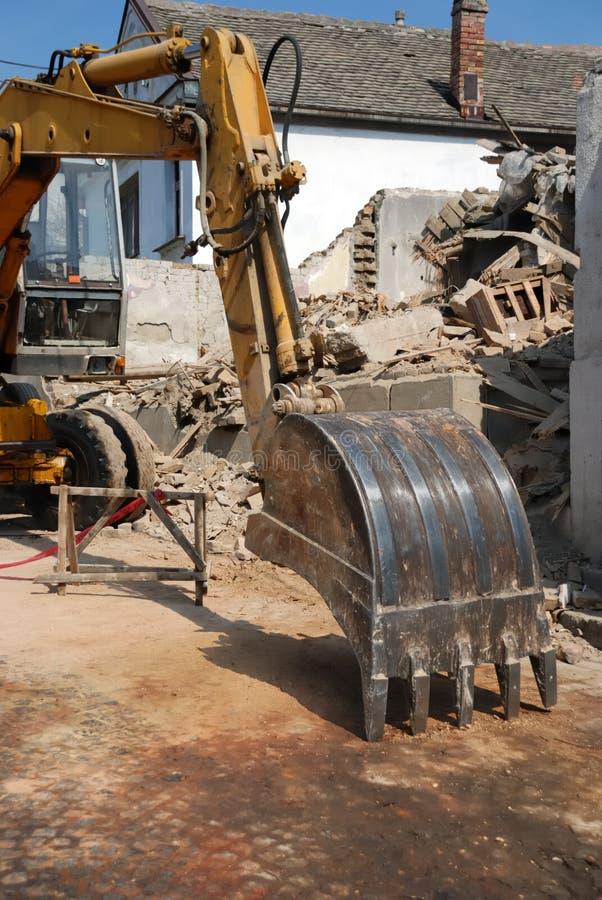 Download Ведро землекопа стоковое фото. изображение насчитывающей землекоп - 33735838