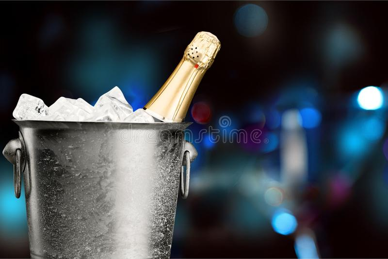 Ведро льда Шампани стоковые изображения