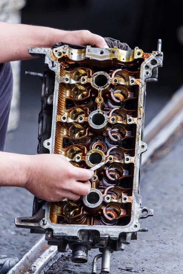 Взаимность и двигатель, переходники автомобиля стоковое фото