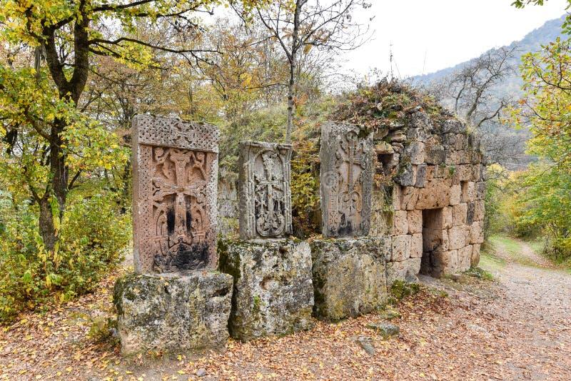 Взаимн камень, khachkar, на монастыре Haghartsin в Армении стоковая фотография rf