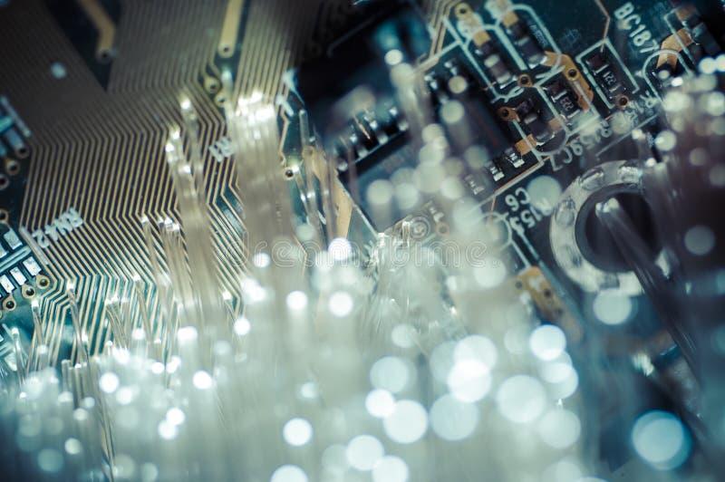 взаимодействие Кабели оптического волокна, соединение волокна, telecomunicat стоковое изображение