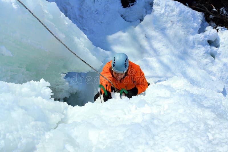 Взбираться льда стоковые фотографии rf