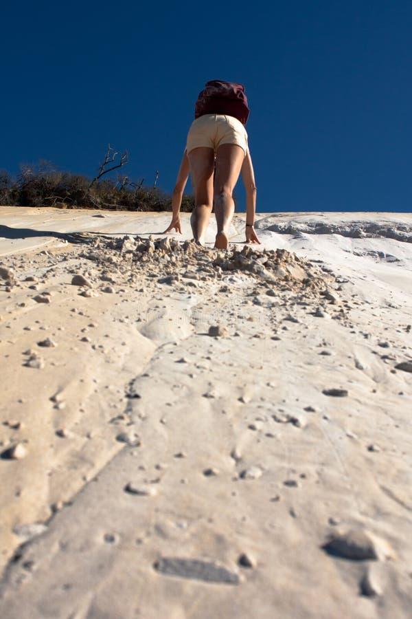 Взбираться дюна стоковые изображения rf
