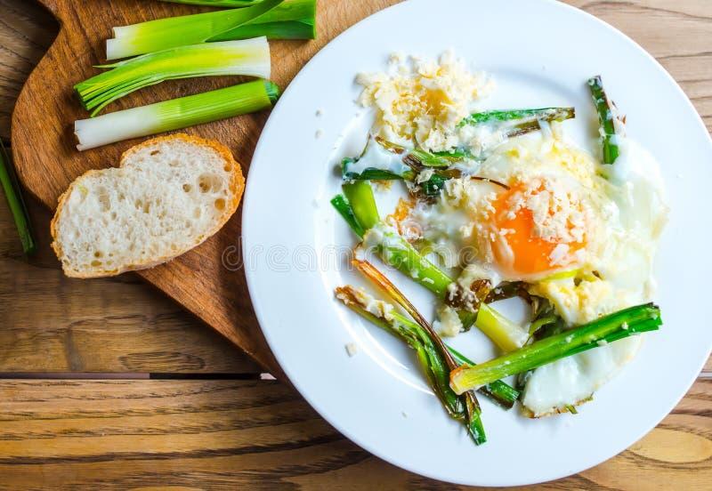 Download Взбитые яйца стоковое изображение. изображение насчитывающей вкусно - 37926463