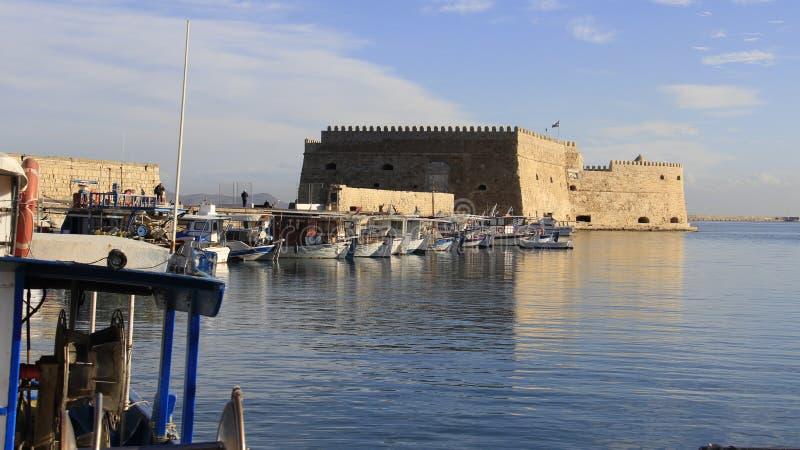 Взгляд венецианских гавани и рыбацкой лодки стоковые фотографии rf