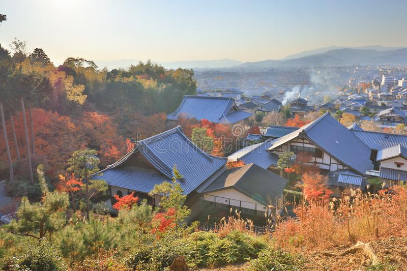 взгляд виска Zuiganzan Enkouji на Sakyo Ku, Киото стоковое фото