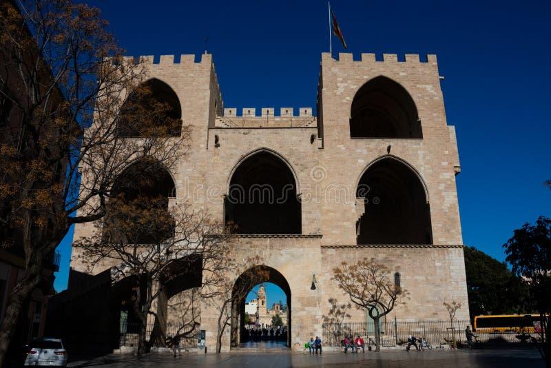 Взгляд ворот Serrans или ворот Serranos стоковое фото