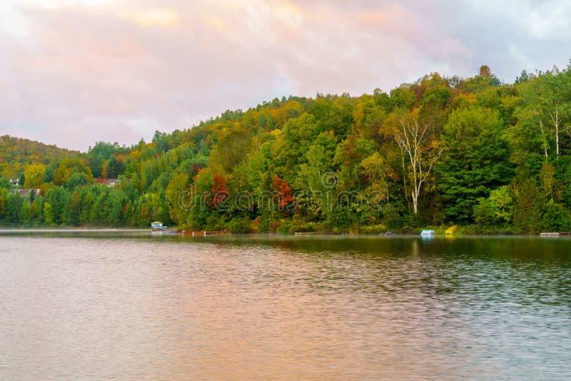Взгляд восхода солнца Lac Rond стоковые изображения rf