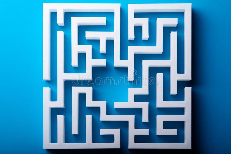 Взгляд высокого угла белого лабиринта стоковое изображение