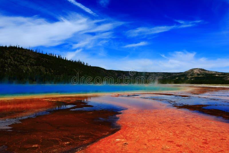 Взгляд в национальном парке yellowstone стоковое изображение rf