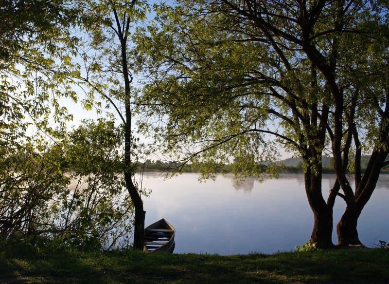 Взгляд в утре реки Desna, Украины стоковые фото