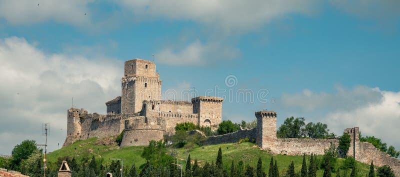 Взгляд в Assisi с Rocca Maggiore, Умбрией Италией стоковая фотография rf