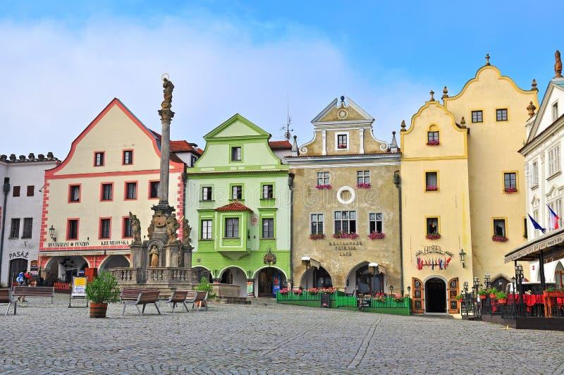 Взгляд главной площади Cesky Krumlov стоковые фотографии rf