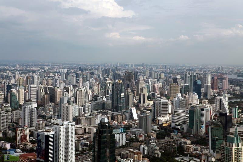 Взгляд глаза птицы небоскребов Бангкока стоковая фотография