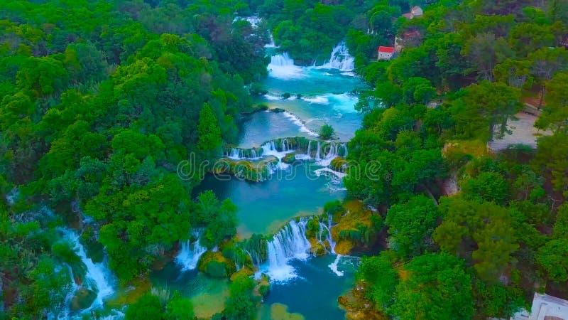 Взгляд глаза птицы Хорватии, Европы; Водопад Kuang si: o стоковая фотография rf