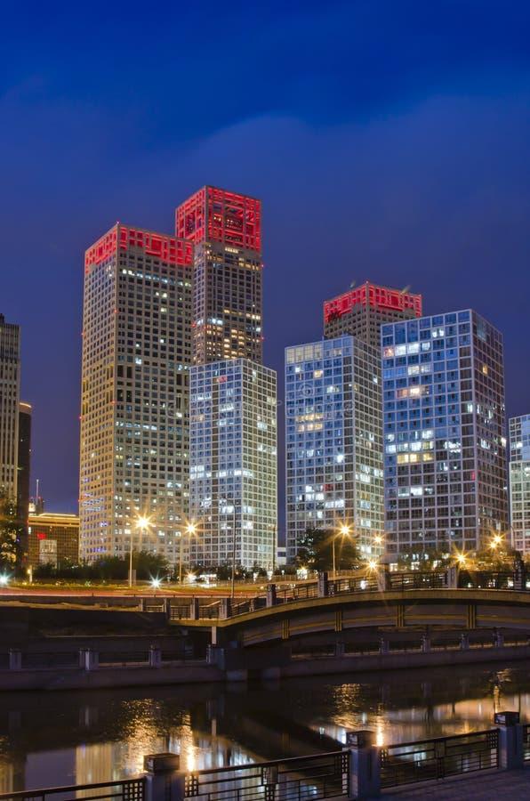 взгляд горизонта ночи cbd Пекин стоковое фото rf