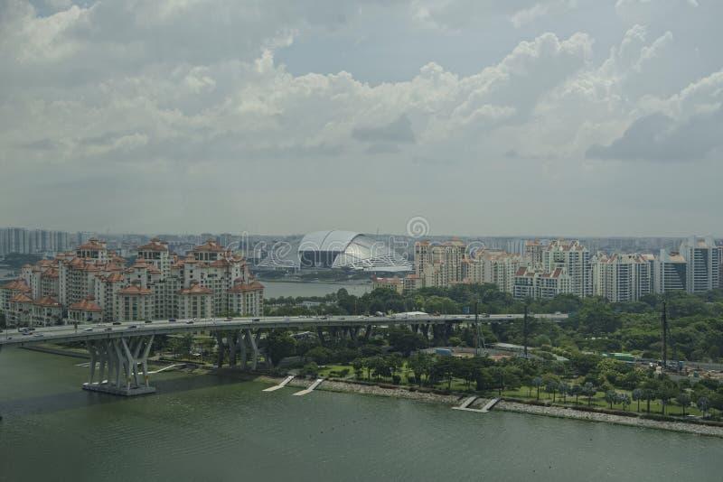 Взгляд города от рогульки Сингапура стоковое фото rf