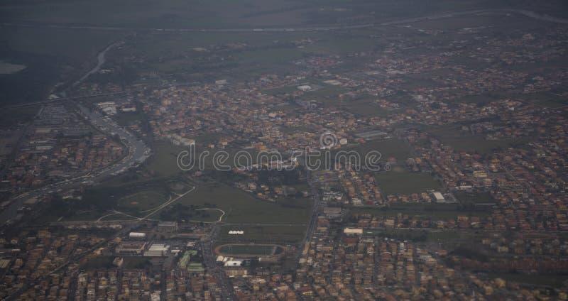 Взгляд города Fiumicino от воздушных судн стоковая фотография