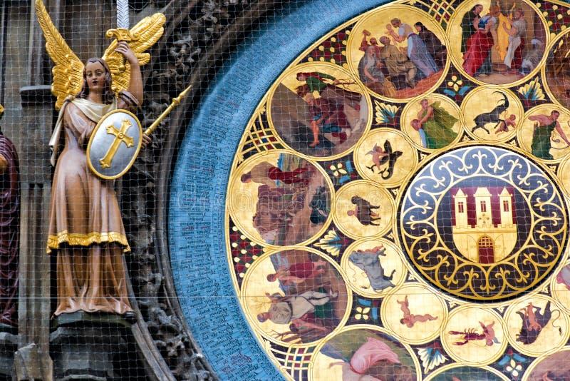 взгляд городка республики cesky чехословакского krumlov средневековый старый Астрономические часы Праги в старом городке стоковая фотография rf