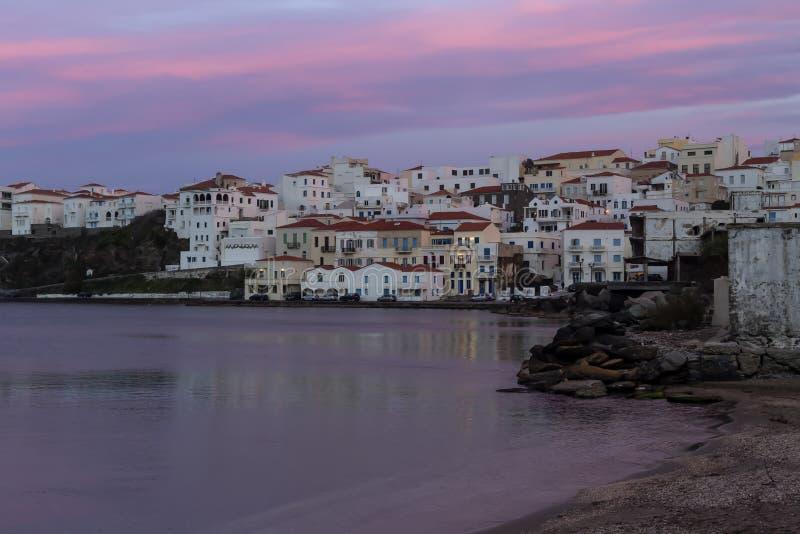 Взгляд городка Chora в Andros Греции, Кикладах стоковое фото rf