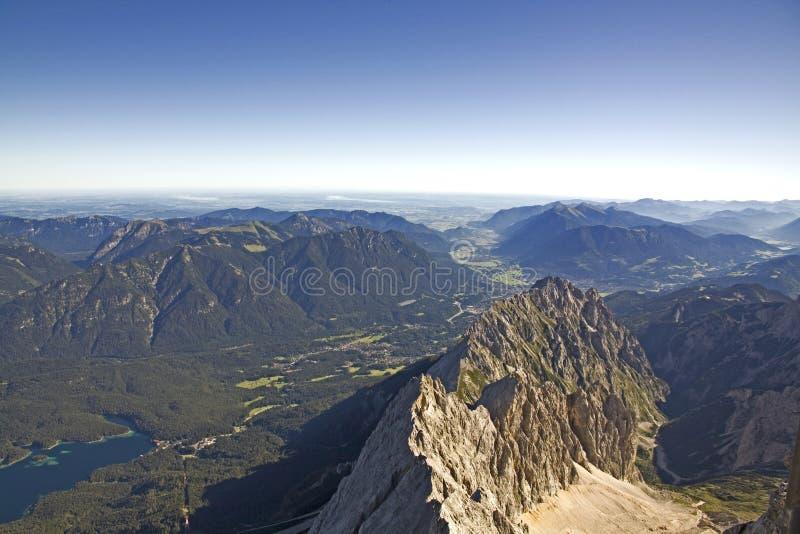 Взгляд гор и долины стоковая фотография rf