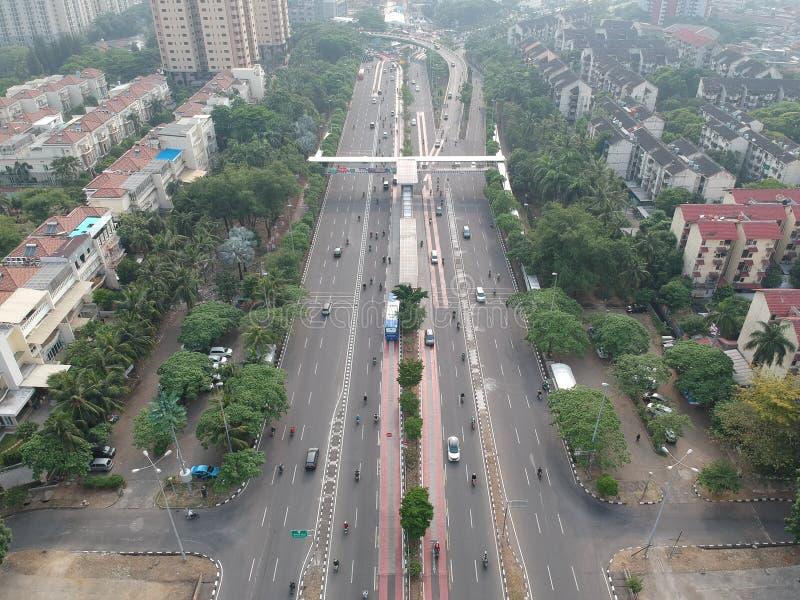 Взгляд дороги и улицы сверху стоковые фото