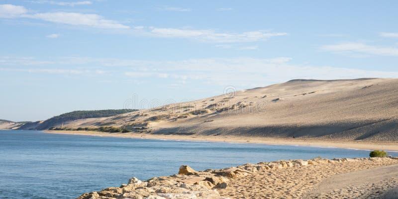 Взгляд залива Arcachon и песчанной дюны Pilat Pyla Аквитании Франции стоковая фотография rf